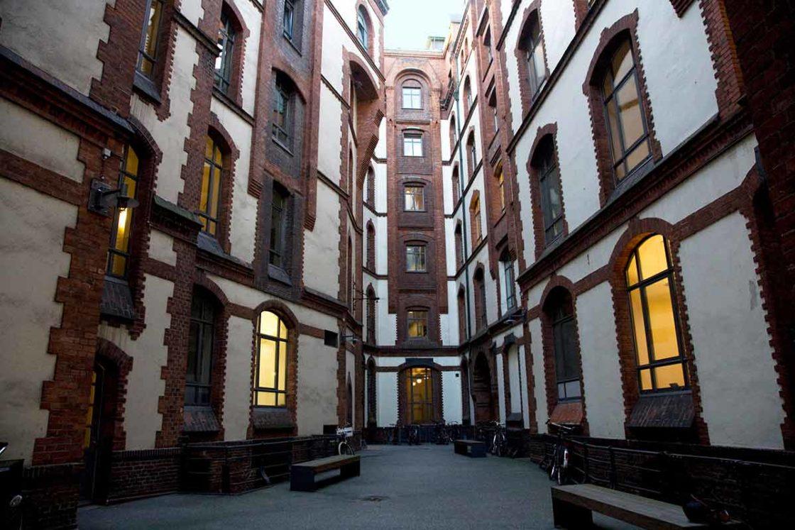 speicherstadt-hamburg stadtführung-sandtorkaihof-lesung